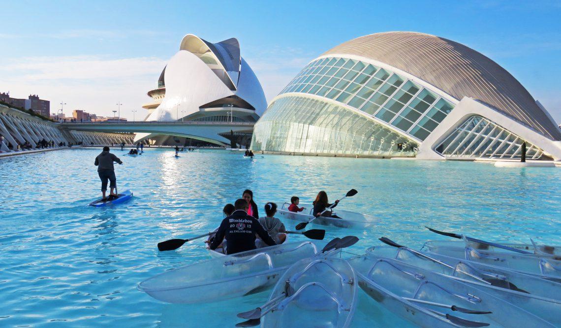 Valencia and Fallas, so how Spaniards have fun