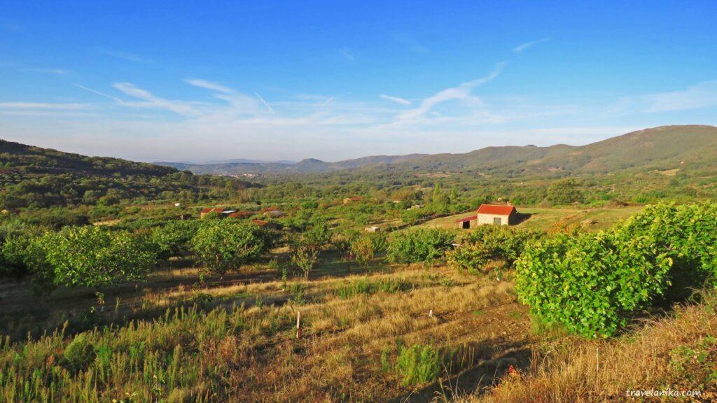 Domek na polu w Hiszpanii
