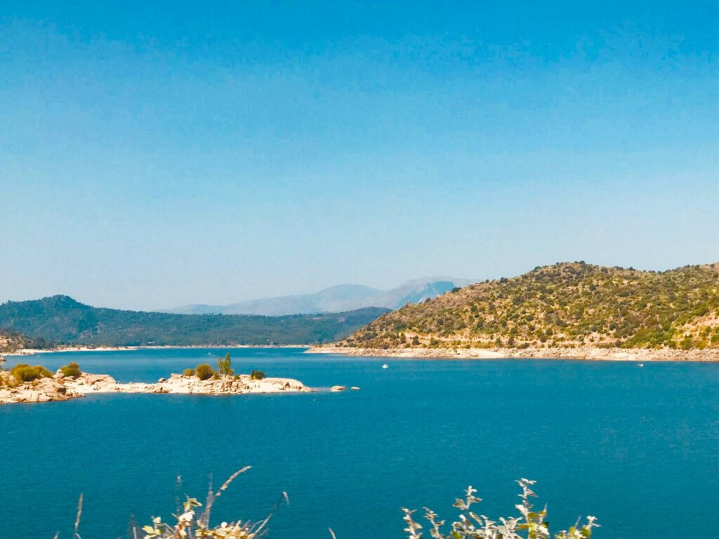jezioro i góry