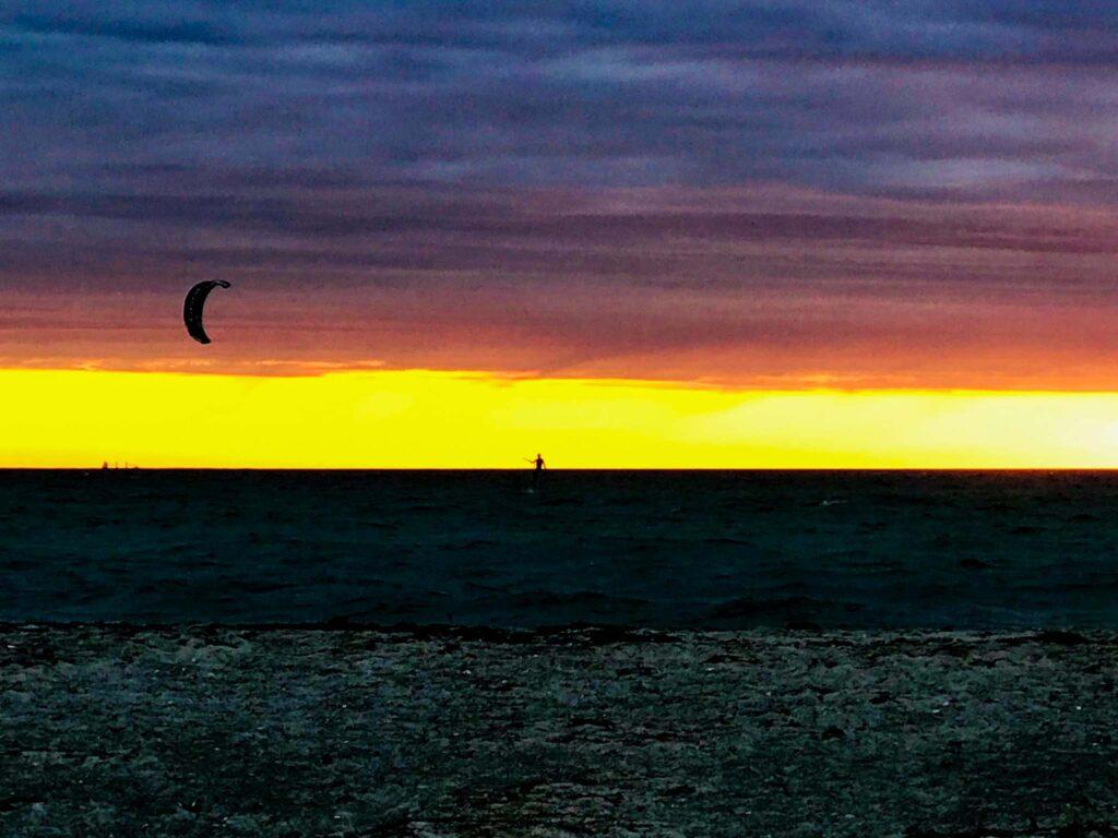 Kitesurf on the sea