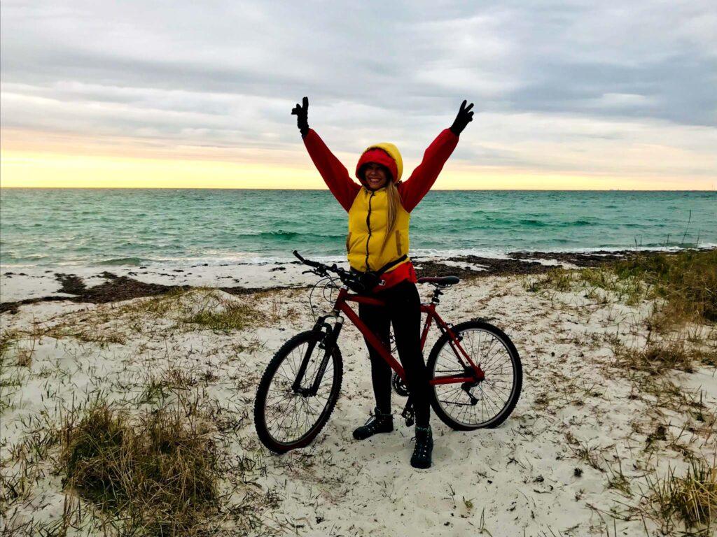 Na rowerze wzdłuż plaży