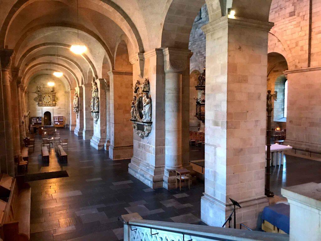 Wnętrze katedry Lund